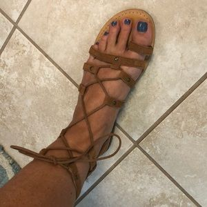 American Eagle sandals size 8
